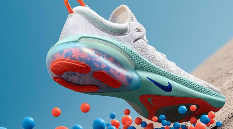 nike joyride run flyknit vs adidas ultra boost